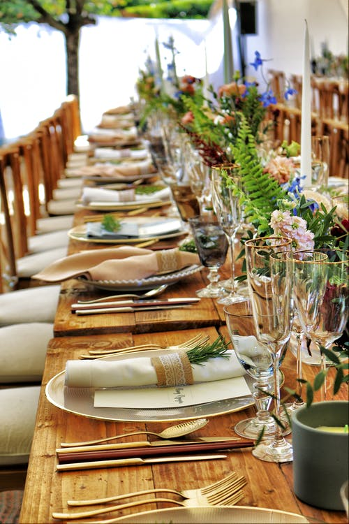 Gratis lagerfoto af banket, bryllupper, spisebord, spisning