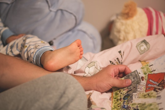 Free stock photo of hand, bed, foot, room