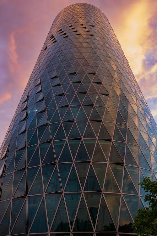 Foto profissional grátis de ao ar livre, aparência, arquitetura, arranha-céu