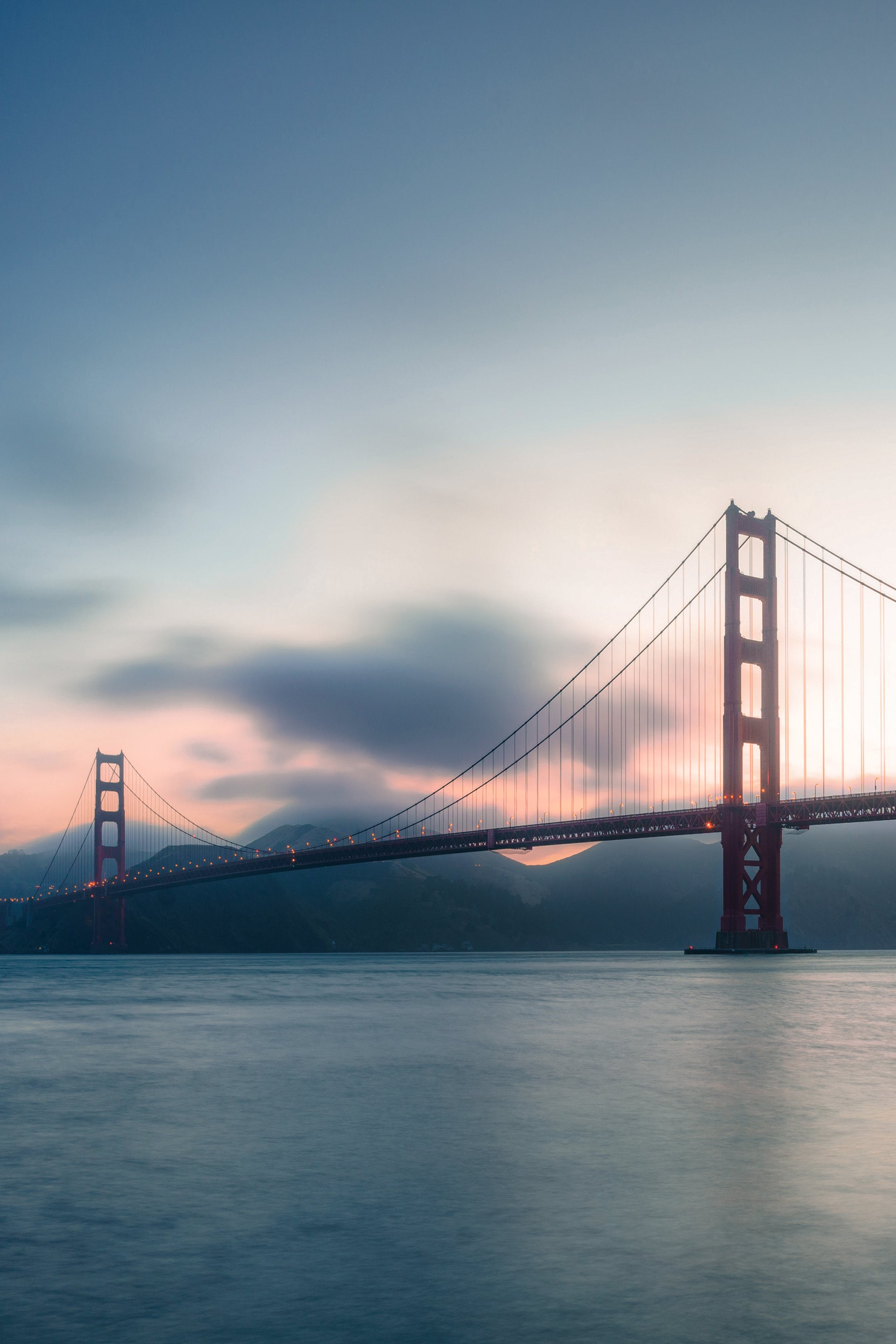Ingyenes stockfotó aranyóra, építészet, este, Golden Gate híd témában