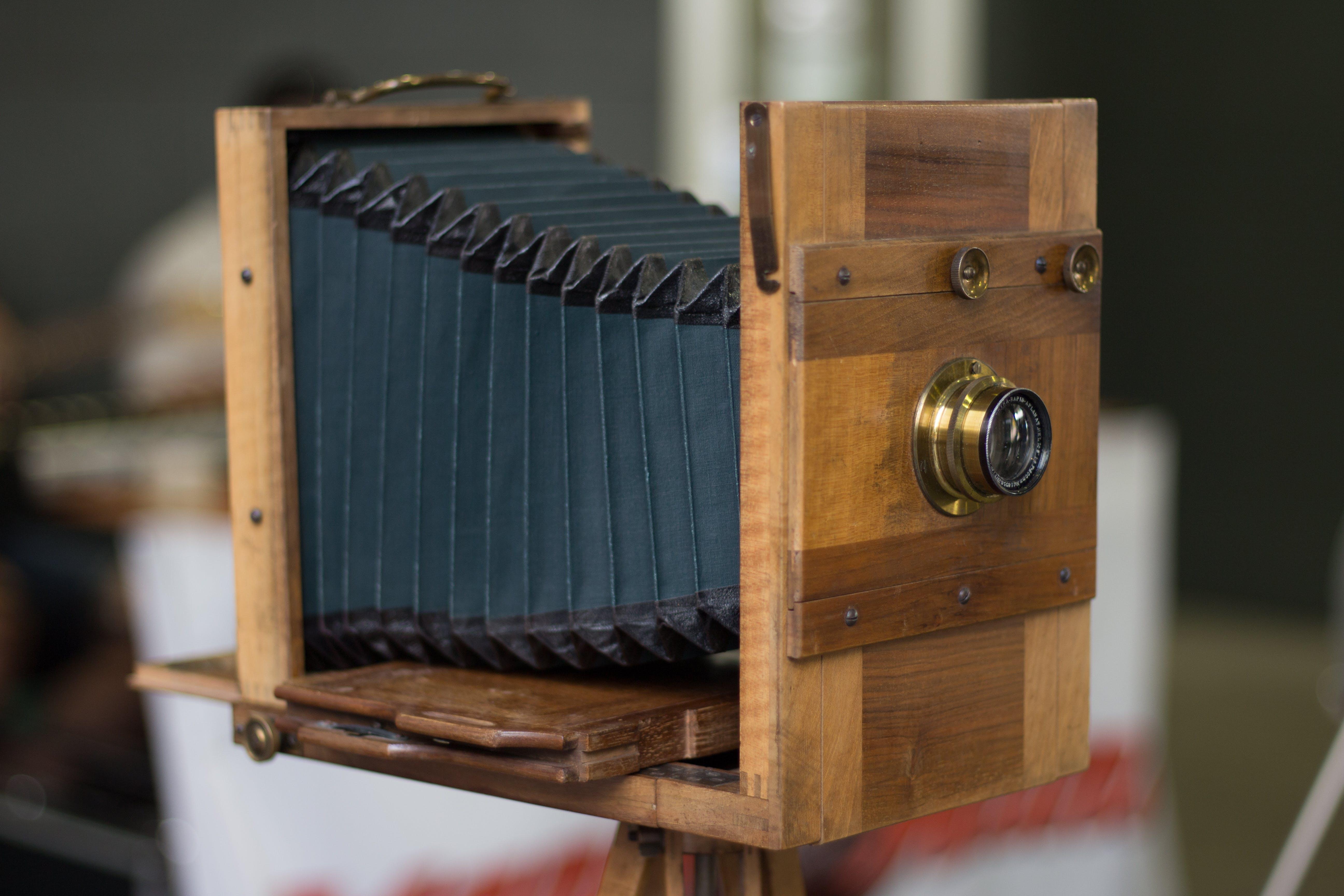 Free stock photo of camera, lens, oldschool, wood