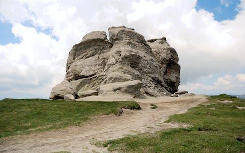 nountain, 天然紀念物, 天空, 草 的 免費圖庫相片