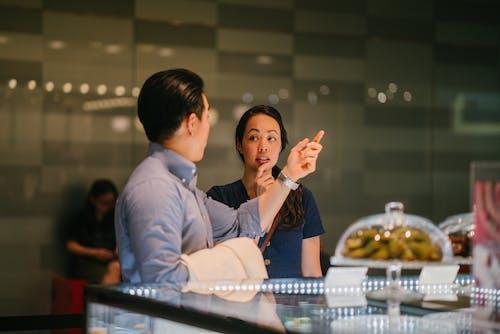 Безкоштовне стокове фото на тему «їжа, азіатська пара, всередині, дата»