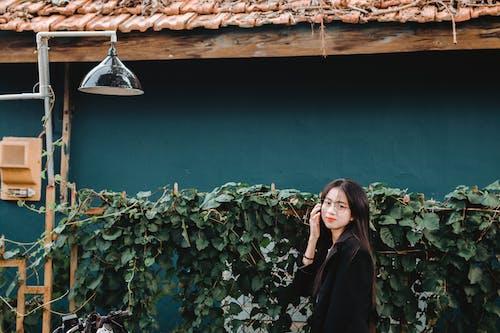 アジアの女性, アジア人の女の子, ポーズ, レクリエーションの無料の写真素材