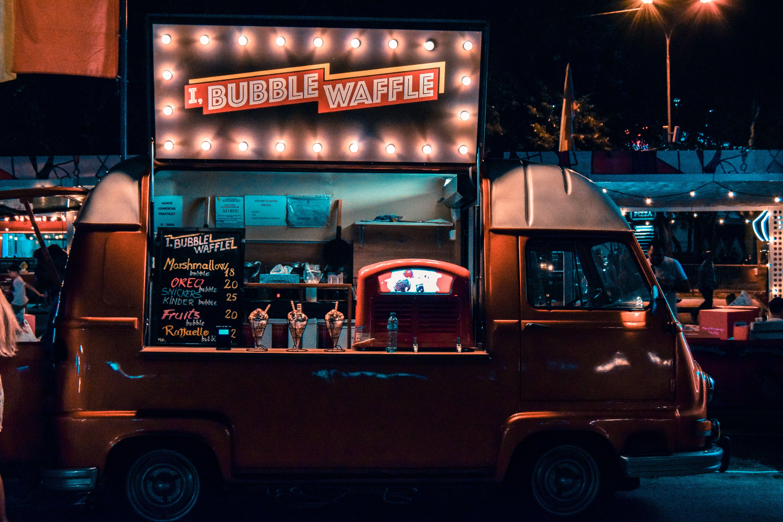 Foto profissional grátis de bucareste, carnaval, comida de rua, waffle