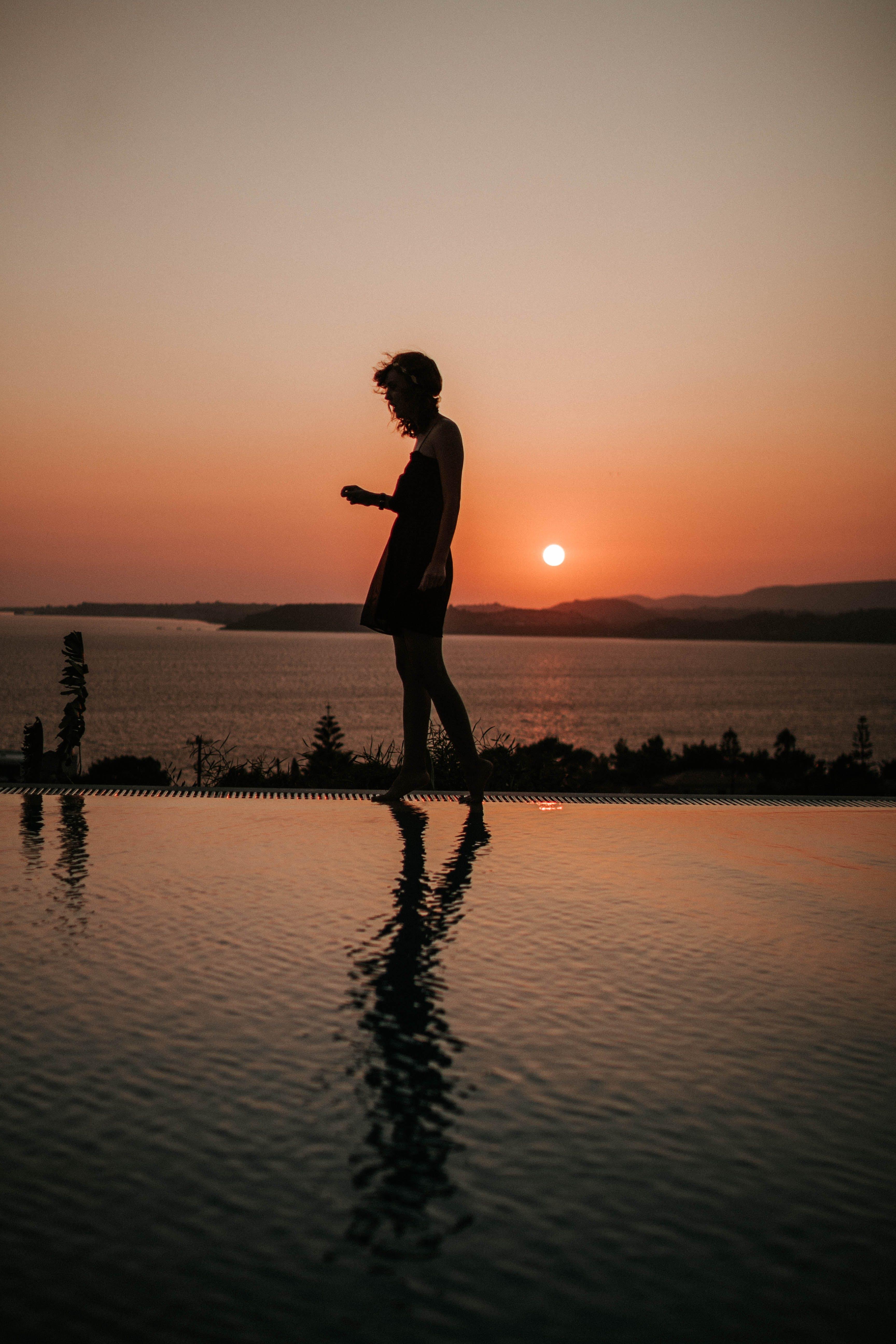 Foto profissional grátis de água, cênico, céu, crepúsculo