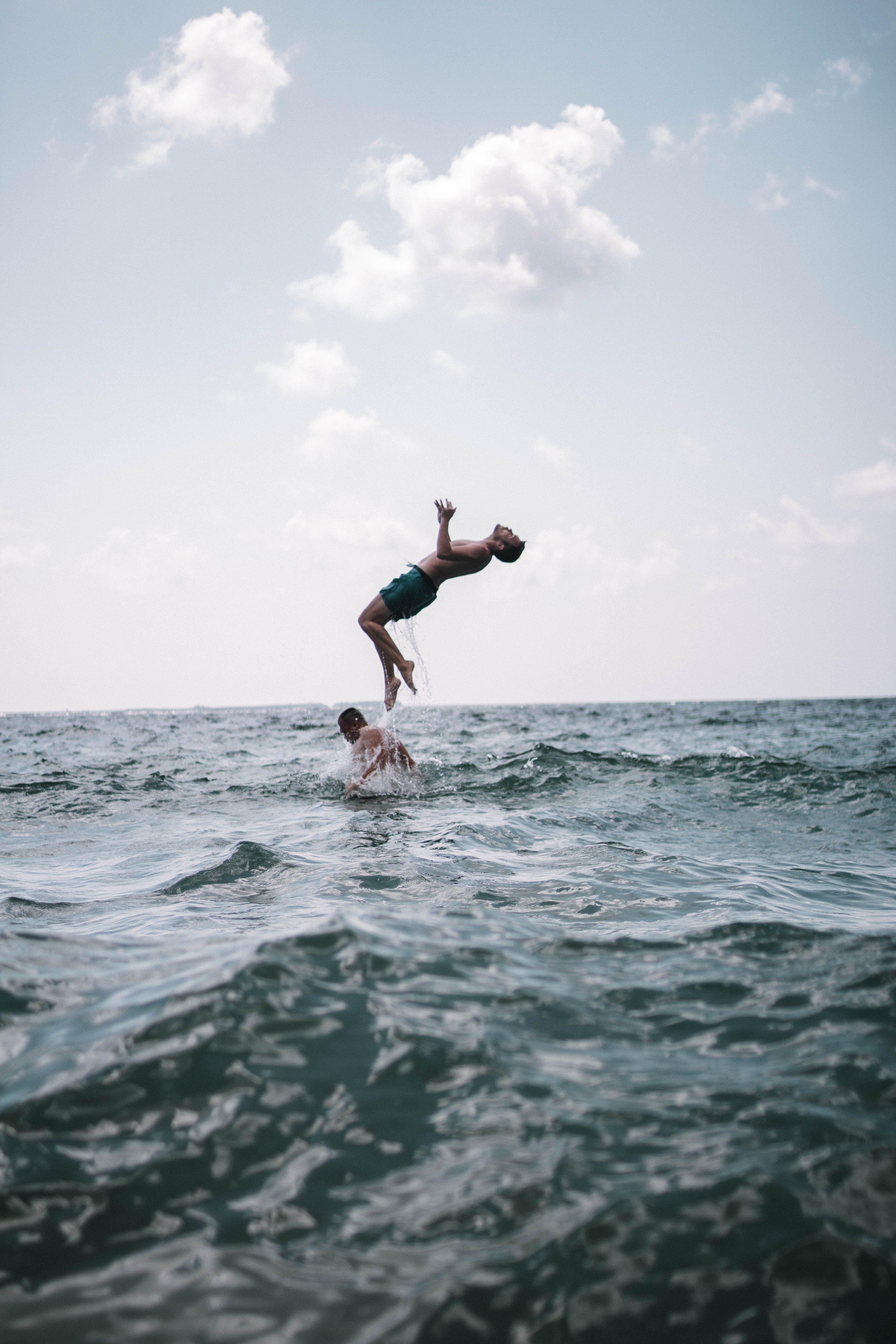 Základová fotografie zdarma na téma akce, chlápek, lidé, moře
