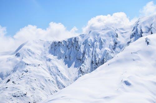 Безкоштовне стокове фото на тему «білий, високий, висота, гори»