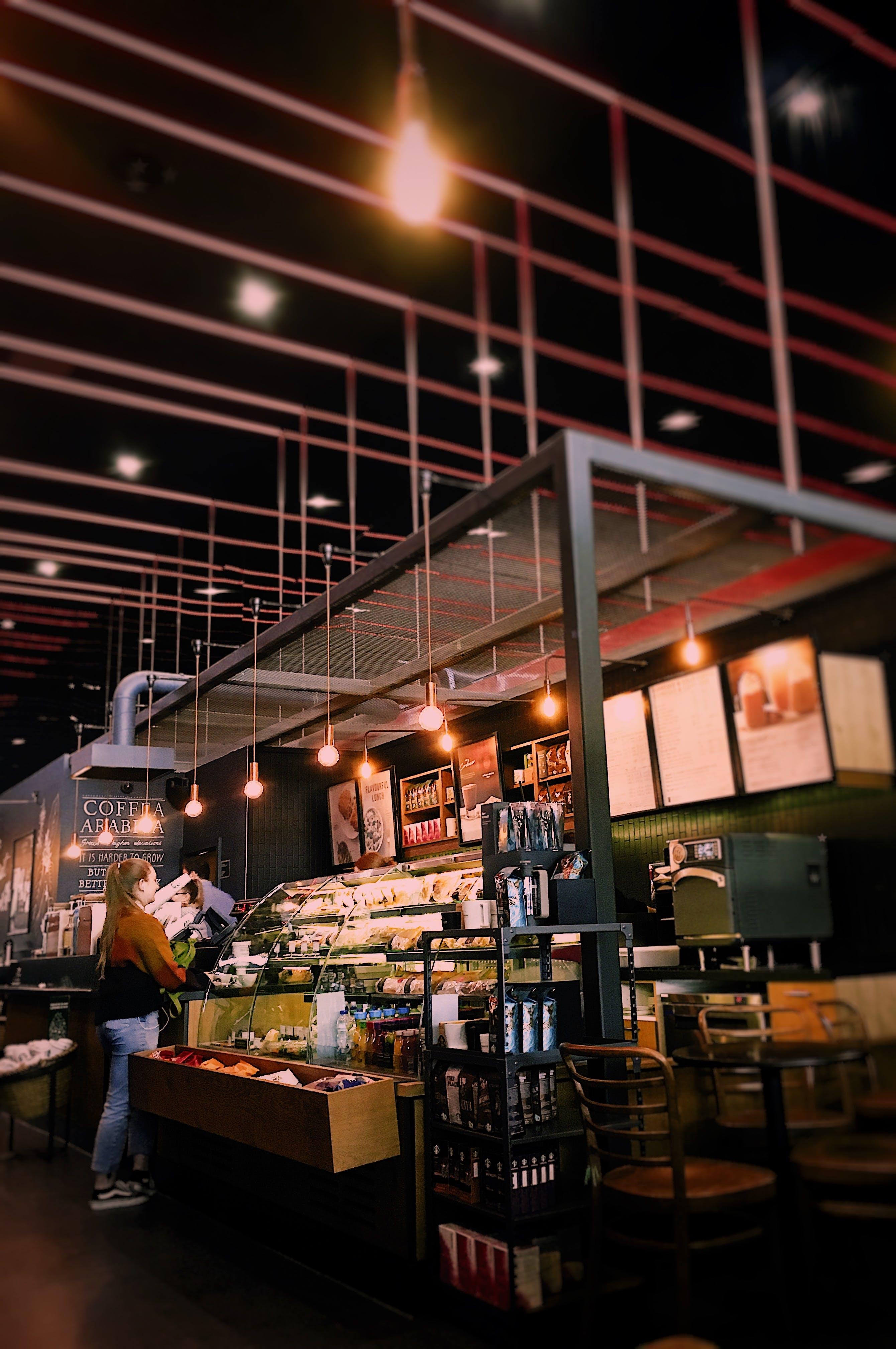 Kostenloses Stock Foto zu abend, architektur, bar, bar cafe