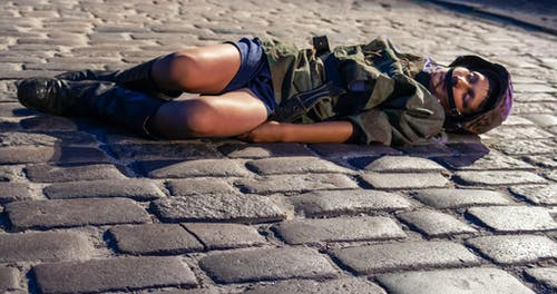Foto profissional grátis de assassinado, insurreição de varsóvia, jovem soldado, reconstrução