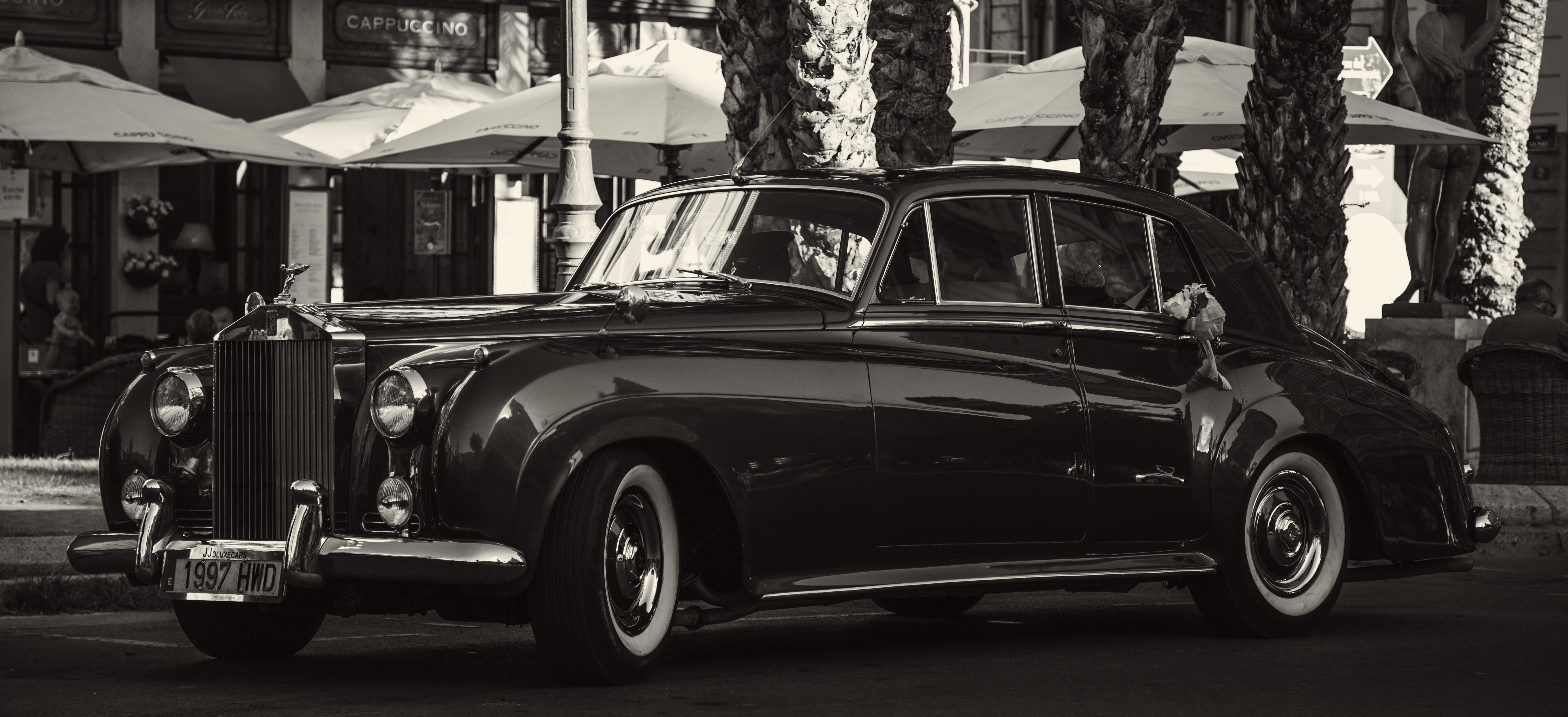 Free stock photo of 1961, beautiful, black and white, Rolls Royce