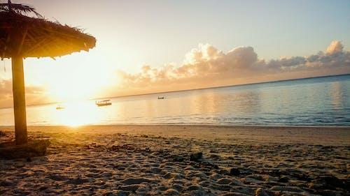 アフリカのビーチの日の出, アフリカの日の出, アフリカ系インド洋, ケニアの無料の写真素材