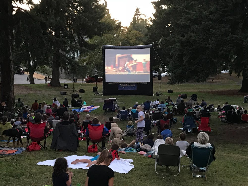 Free stock photo of outdoor movie