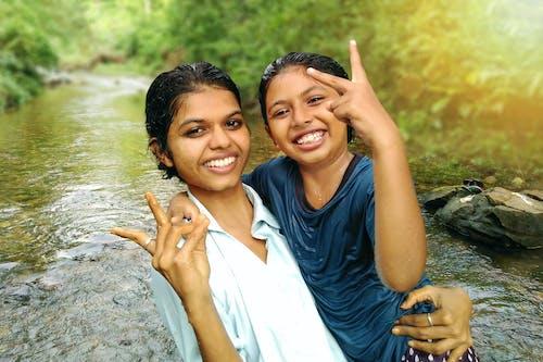 Kostnadsfri bild av indisk flicka, lycka
