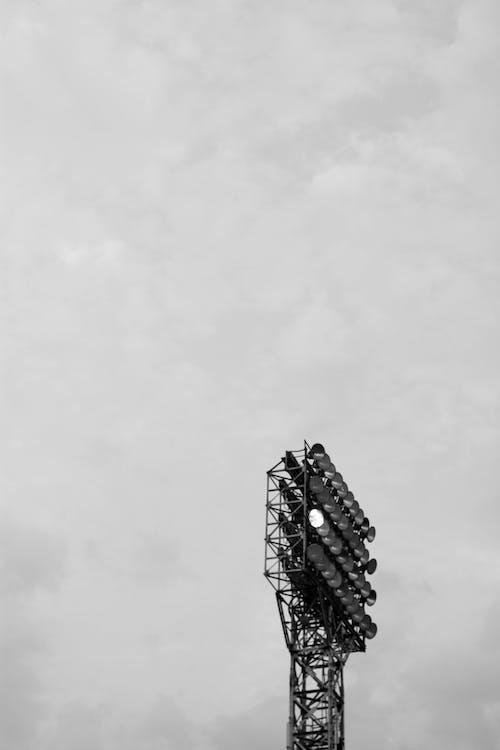 Бесплатное стоковое фото с небо, один, черно-белый
