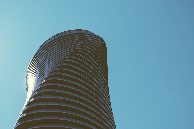 Základová fotografie zdarma na téma architektura, budova, čára, denní světlo