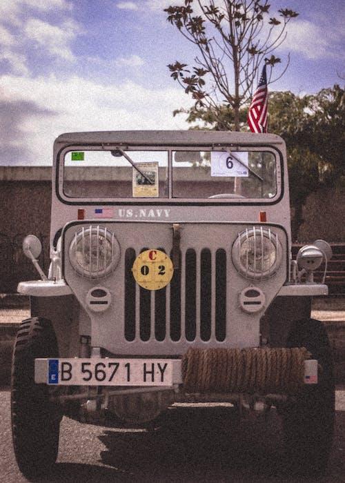 Foto profissional grátis de caminhão, carro antigo, carro clássico, carros clássicos