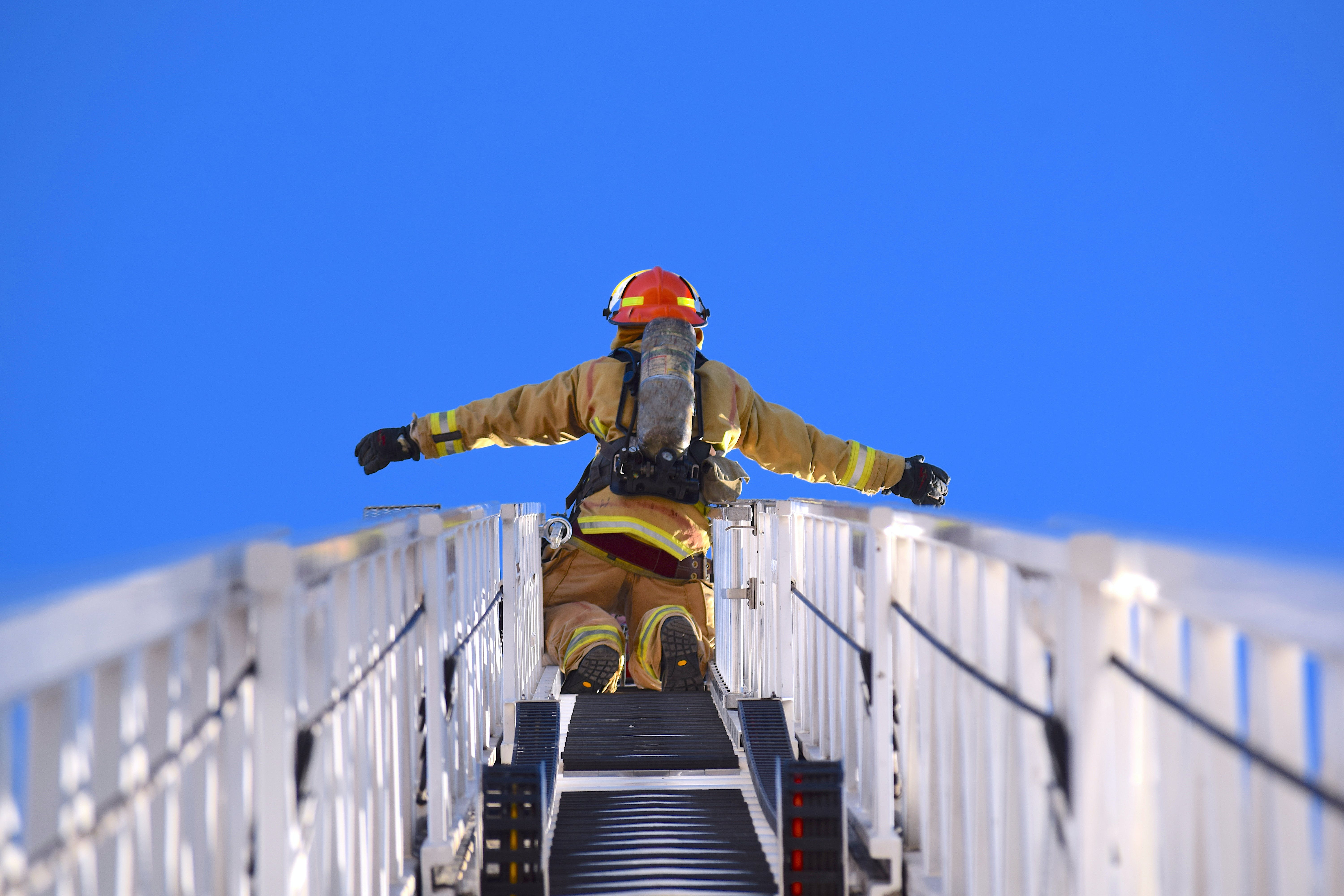 Free stock photo of acrophobia, fear, firefighter, heights