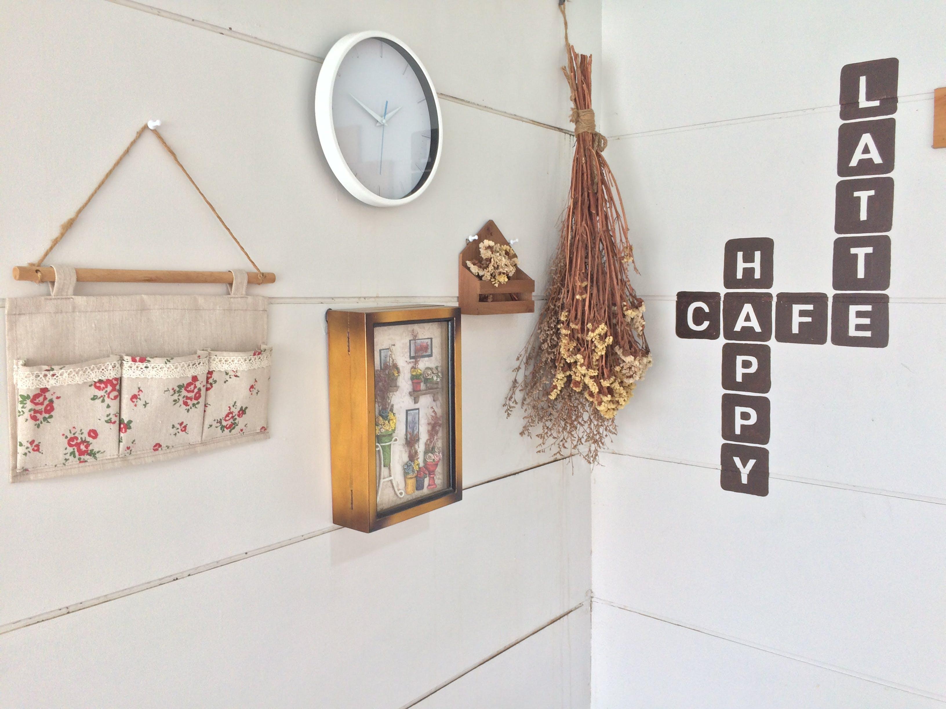 Kostenloses Stock Foto zu dekor, design, drinnen, hängen