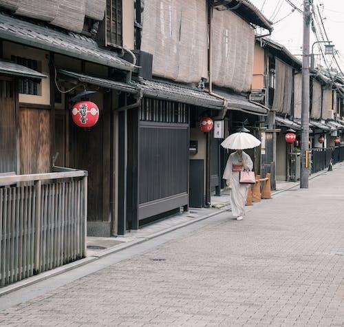 亞洲女人, 京都, 和服, 城鎮 的 免費圖庫相片
