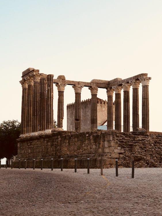 Археология, архитектура, дневной свет