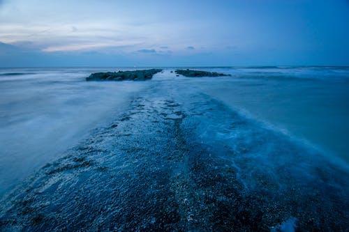 夜明け, 海, 海岸, 防波堤の無料の写真素材