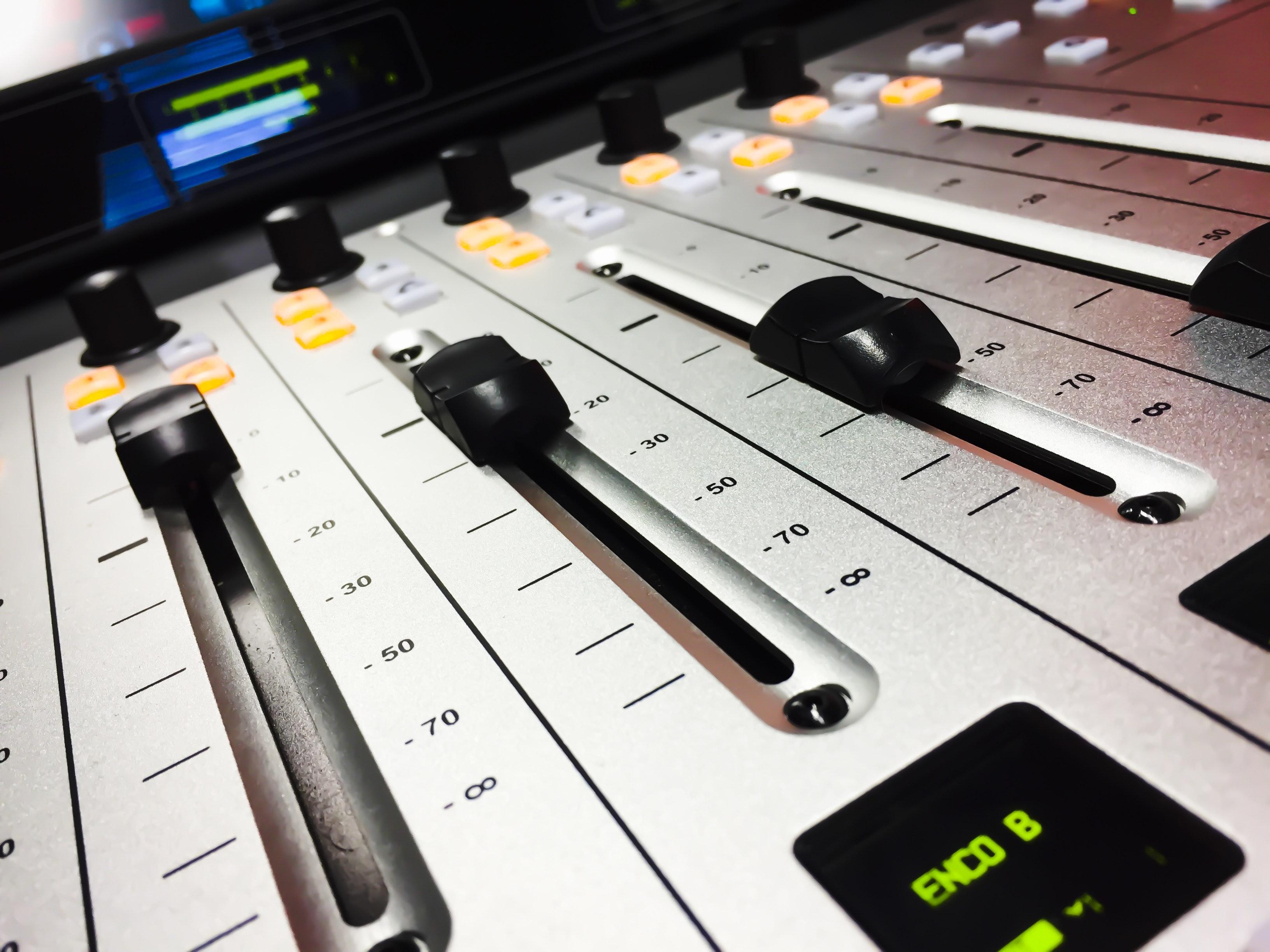Free stock photo of audio, audio mixer, DJ Mixer