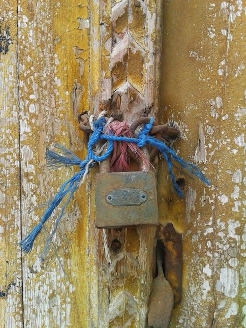 Δωρεάν στοκ φωτογραφιών με θύρα, κλειδαριά
