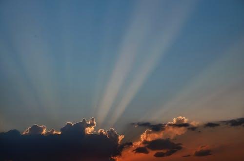 Δωρεάν στοκ φωτογραφιών με δύση του ηλίου, σύννεφα