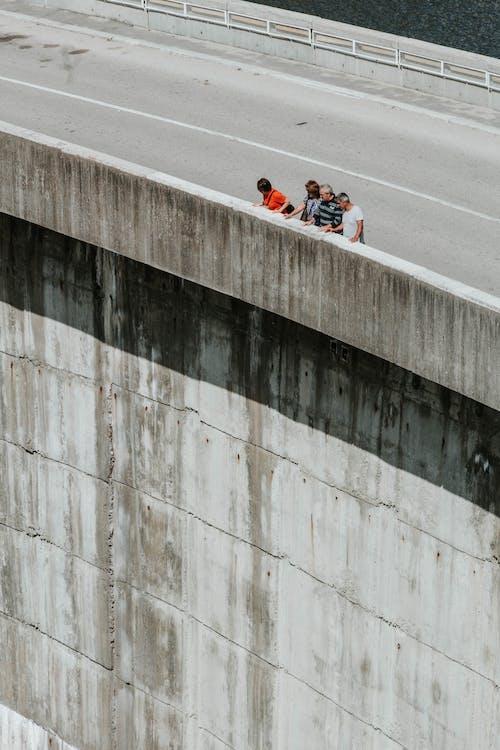 Foto d'estoc gratuïta de autopista, carretera, construcció, curiositat