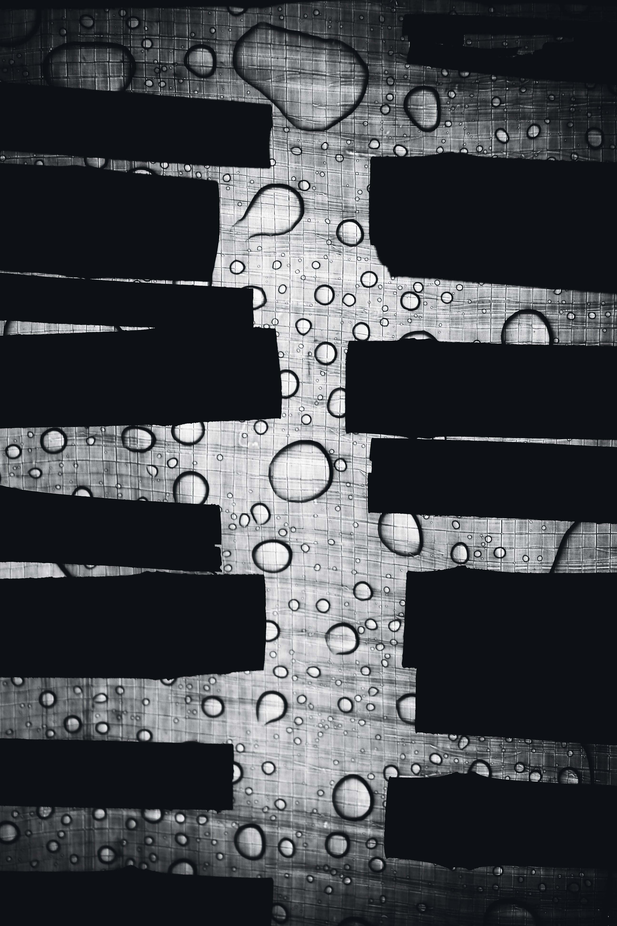 Gray and Black Bubbles Wallpaper