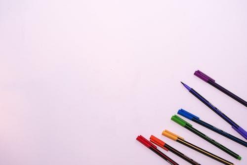 Kostenloses Stock Foto zu bleistifte, bunt, buntstifte, farben