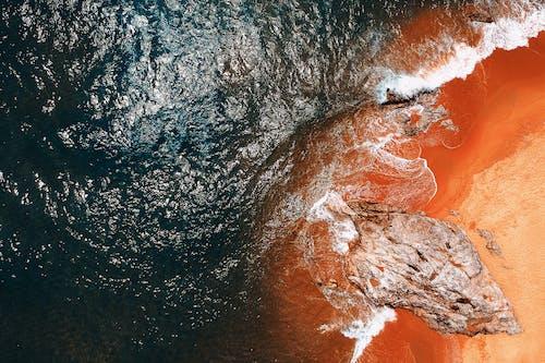Photos gratuites de bord de l'océan, bord de mer, cailloux, eau