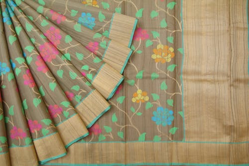 Free stock photo of online floral sarees, online handloom sarees, online handwoven sarees, online party wear