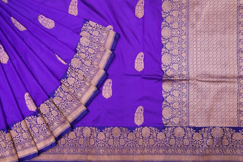 Free stock photo of online branded sarees, online party sarees, online pure zari sarees, online sarees