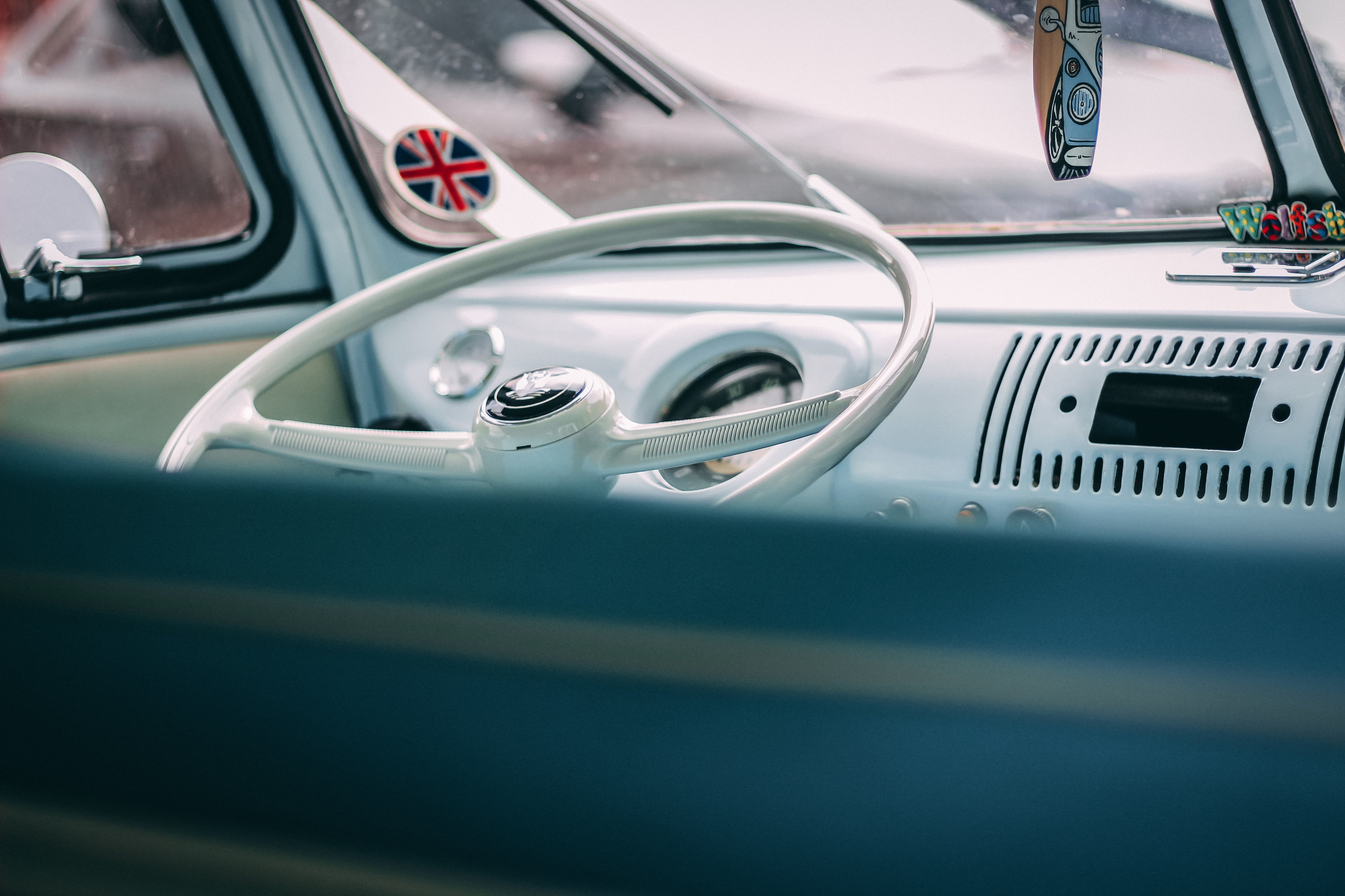 Kostnadsfri bild av bilinteriör, design, fordon, hastighetsmätare