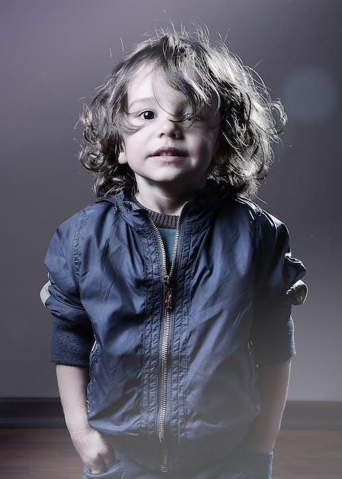 Foto profissional grátis de atraente, bebê, bonita, bonitinho