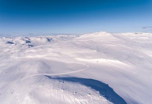 dağ, doğa, kar, kış içeren Ücretsiz stok fotoğraf