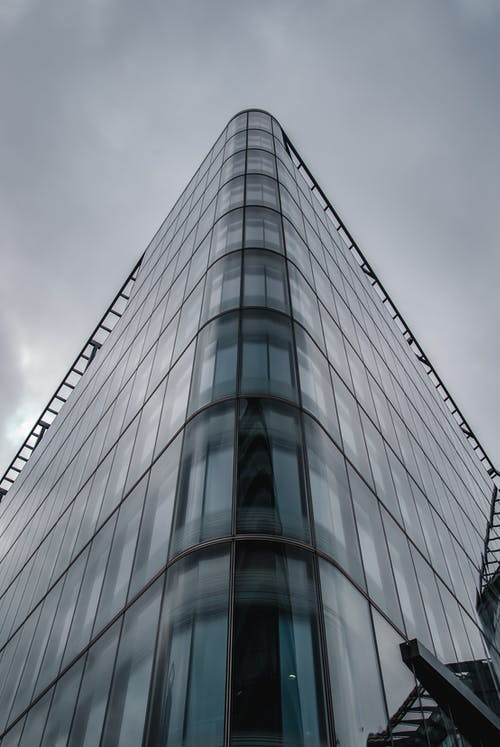 Ingyenes stockfotó ablakok, alacsony szögű fényképezés, ég, építészet témában