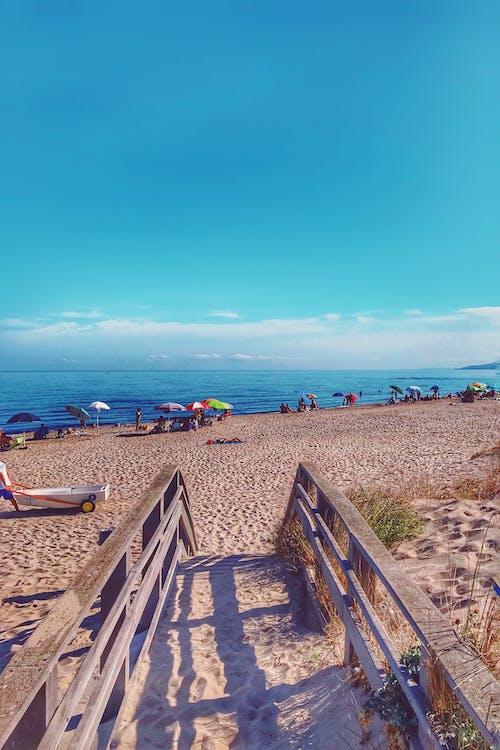Darmowe zdjęcie z galerii z morze, piasek, plaża, słoneczny