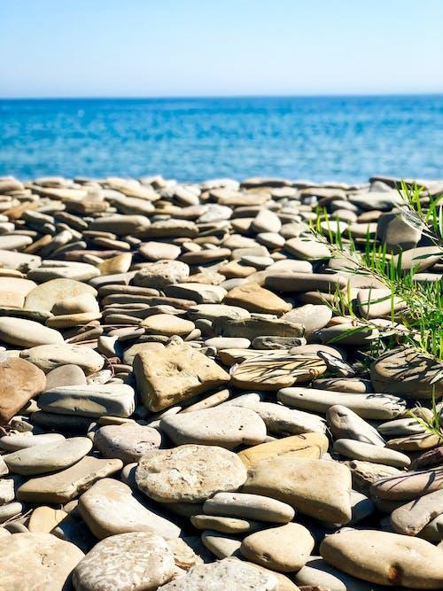 Základová fotografie zdarma na téma kameny, krajina, moře, obloha