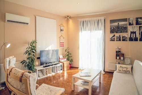 airbnb, apartman, çağdaş, iç dekorasyon içeren Ücretsiz stok fotoğraf