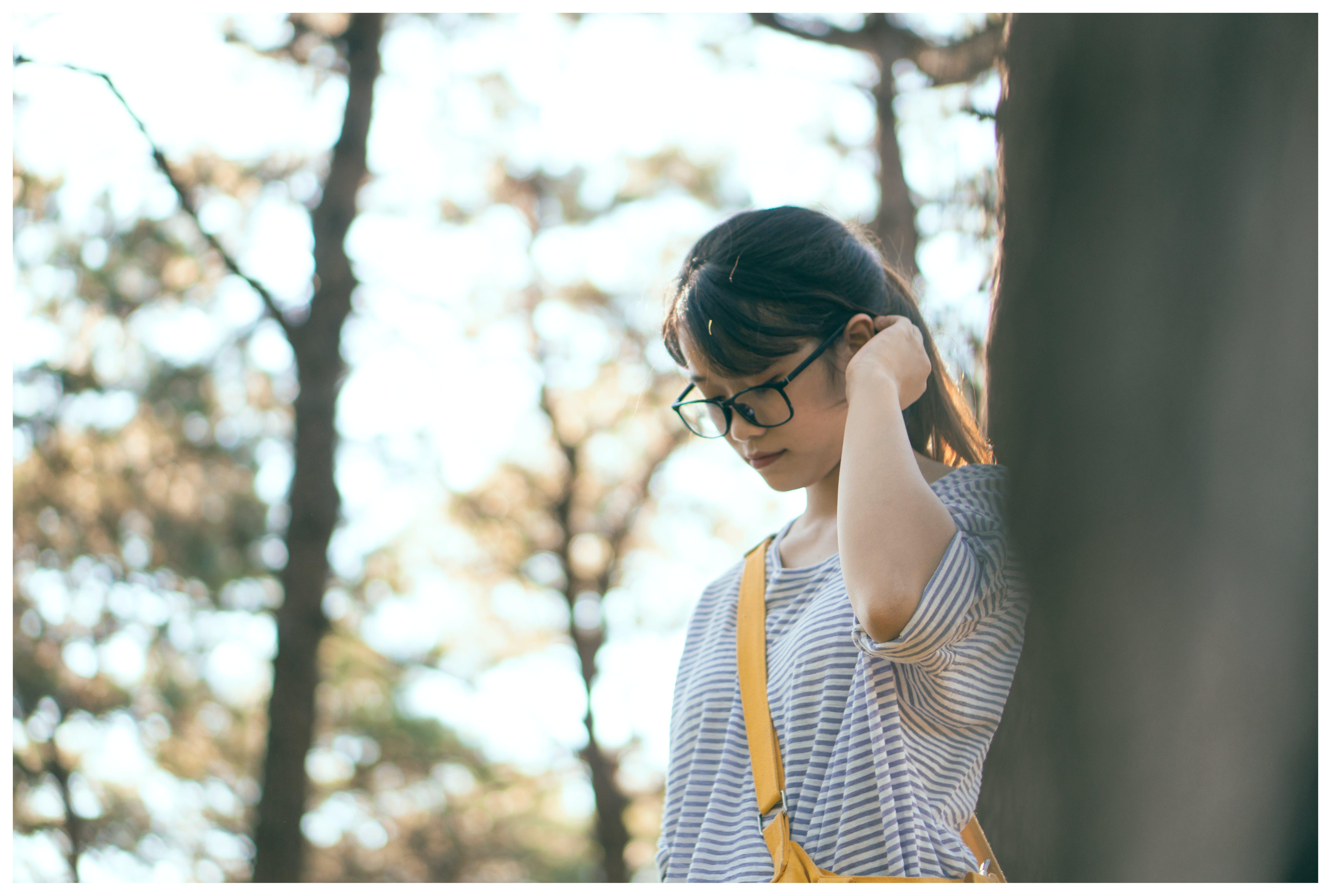 Kostnadsfri bild av asiatisk kvinna, asiatisk tjej, avslappning, dagsljus