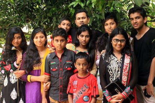 aile, aşındırmak, beraber, çocuklar içeren Ücretsiz stok fotoğraf