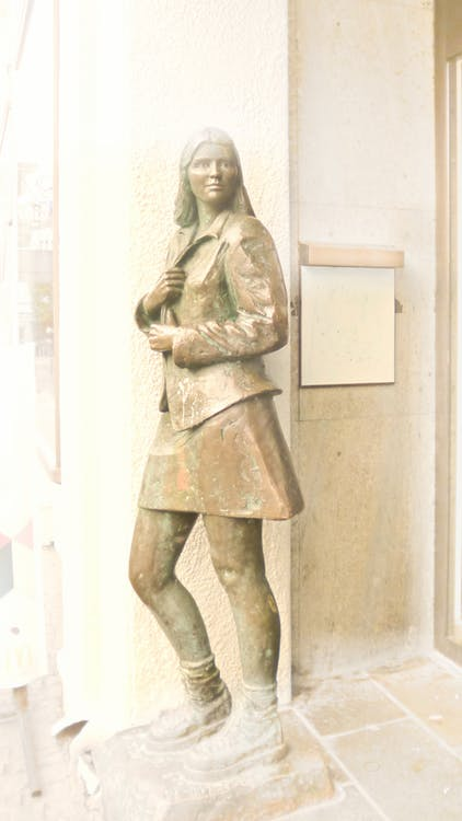 彫刻, 若い女の子