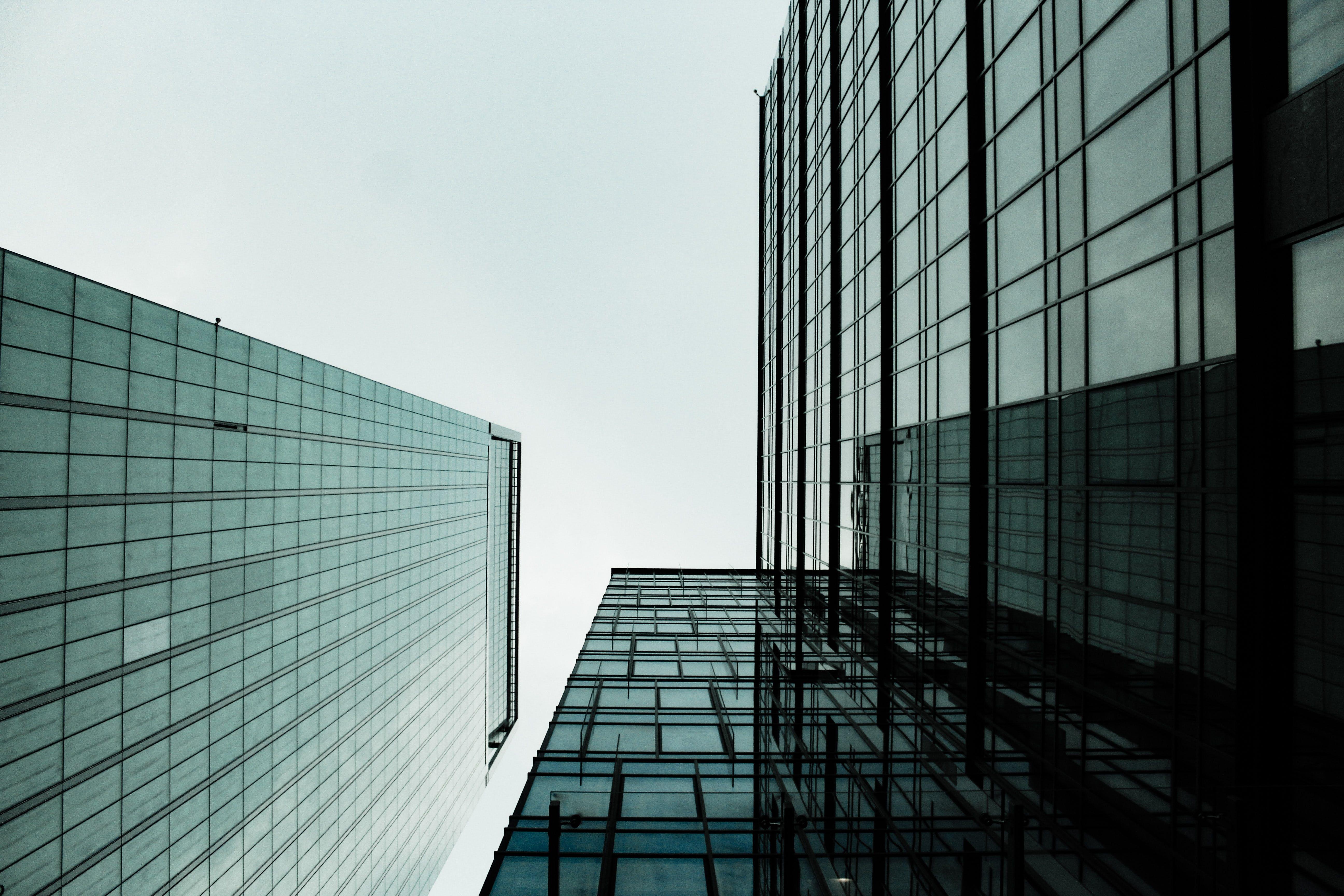 Kostenloses Stock Foto zu architektur, aufnahme von unten, fassade, gebäude