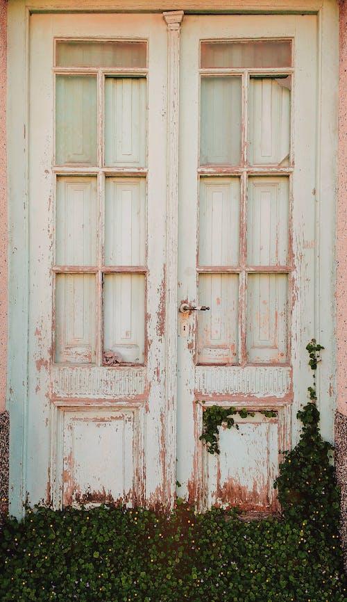 Δωρεάν στοκ φωτογραφιών με εγκαταλειμμένος, θύρα, πόρτα