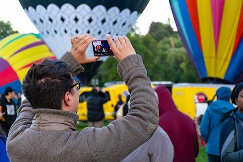 Základová fotografie zdarma na téma akce, chytrý telefon, dav, dospělý