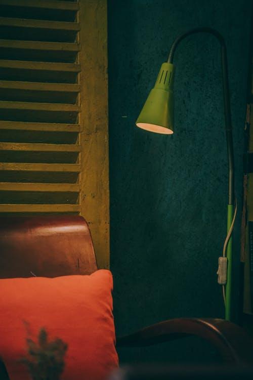 Foto d'estoc gratuïta de clareja, il·luminat, làmpada, mobiliari