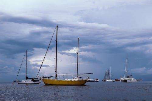 Ingyenes stockfotó felhős ég, hajóm csónak, karib-szigeteki, óceán témában